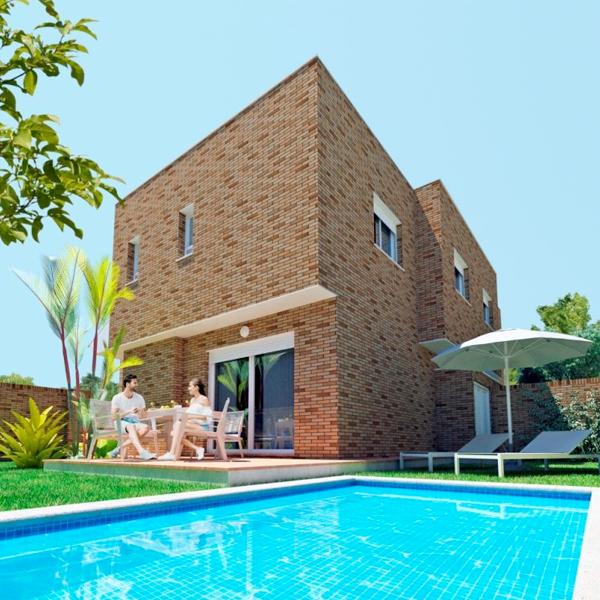Casas con parcela en Almería